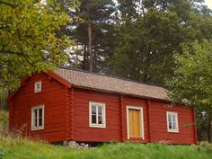 Torpet Dalängen i version nr 3 Wooden Buildings, Small Buildings, Sweden House, Red Houses, Cabin Homes, Scandinavian Home, Future House, House Design, House Styles