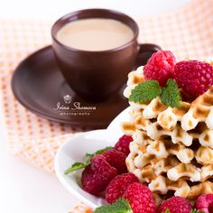 Fresh Belgian waffles with raspberries and cup of coffee on white background Coffee Time, Coffee Cups, Tea And Books, Belgian Waffles, Raspberries, Chocolate Fondue, Fresh, Desserts, Food