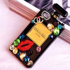 Coque chanel forme d'une bouteille de parfum bien chic pour iPhone 4/4s/5/5s/6/6s/6plus/6splus sur www.lelinker.fr