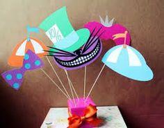 Resultado de imagen para decoracion fiestas infantiles alicia pais maravillas