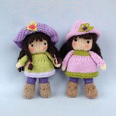 KNITTING PATTERN contains instructions for Little Belles - 4 fashionable little dolls that are fun to make and only require small amounts of yarn. Each one has a summer outfit and a winter outfit and hats and capes are interchangeable.