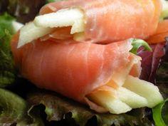 Receta Rollitos de manzana y salmón ahumado. paso a paso