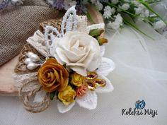 http://koleksiwiji.com/product/beauty-morning-jogjakarta Beauty Morning in Jogjakarta Size : 7,5 cm Colours : perpaduan gradasi warna putih dan coklat Materials : paper flowers, artificial flower, lace and beads  bros bunga, bros cantik, bros hijab, bros kain, Bros korsase, koleksiwiji, pins bros -  - #BrosBunga, #BrosCantik, #BrosHijab, #BrosKain, #BrosKorsase, #Koleksiwiji, #PinsBros -