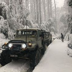 I think our next group Overlanding tour/trip will be in Australia. Too many natural wonders out there to ignore. Land Cruiser 70 Series, Land Cruiser 80, Toyota Land Cruiser, Toyota Fj40, Expedition Vehicle, Sweet Cars, Car Travel, Car Photos, Offroad