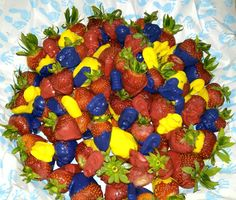 Chocolate Strawberries for a Baby Shower by Basketsasgifts www.facebook.com\Baskets.asgifts