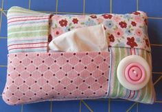 Easy to make tissue holder for your purse. Gotta make one of these. I hate using the pastic pkg they come in b/c of the rattling sound they make.