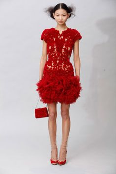Marchesa Fall 2011 RTW - Runway Photos - Fashion Week - Runway, Fashion Shows and Collections - Vogue Red Holiday Dress, Holiday Dresses, Holiday Style, Elie Saab, Christian Dior, Christian Louboutin, Lace Dress, Dress Up, Georgina Chapman