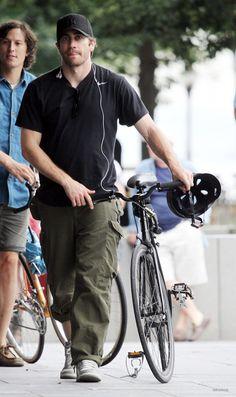 Jake Gyllenhaal with his bike
