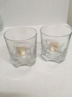 Chivas Regal Whiskey Set Rocks Style Cocktail Glasses Set of 2 Gold Logo Crest