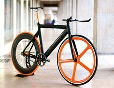 fixie fixed gear leader bike aerospoke wheel Velo Design, Bicycle Design, Fixie Orange, Road Bikes, Cycling Bikes, Track Cycling, Fixed Gear Bikes, Bici Fixed, Push Bikes