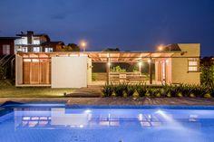 Galeria de Casa Monte Belo / Oficina Arquitetura e Design - 1