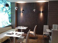 Ristorante Fishway (RM) - Fonika DF Rovere Grey e Acid Metal #skema #italiandesign #pavimento #fonika #decking #flooring Milano, Architecture Design, Restaurants, Flooring, Wood, Table, Furniture, Home Decor, Laminate Flooring