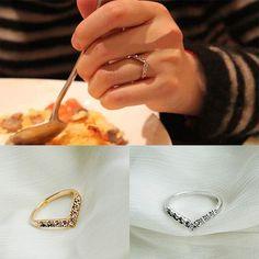 Hot 19MM Women Ladies Girls Charming V-shaped Rhinestone Crystal Lovers' Ring Jewelry Xmas Gift