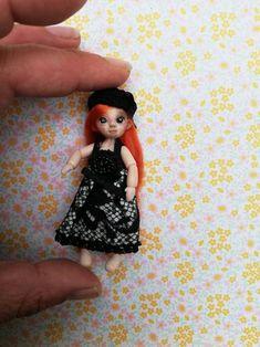 A micro bjd sculpt and paint by handmade 2 dress by handmade Dollhouse Dolls, Miniature Dolls, Monster High, Bjd, Doll Set, Kawaii, Miniatures, Etsy, Handmade