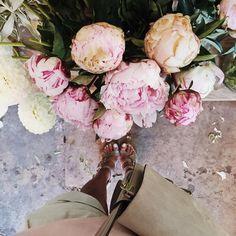 "Julie Sariñana on Instagram: ""Fleurs x summer. ❤️ / 7.7.15"""