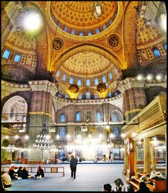 Sheikh zayed mosque abu dhabi josef hoflehner mosque for Hoflehner interiors