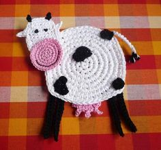 Crochet Cow Coaster Pattern Cow Applique by MonikaDesign on Etsy Nursery Patterns, Baby Patterns, Crochet Patterns, Crochet Ideas, Crochet Appliques, Crochet Tutorials, Crochet Frog, Crochet Phone Cases, Happy Cow