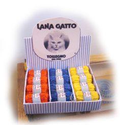 Miniature counter display Lana Gatto