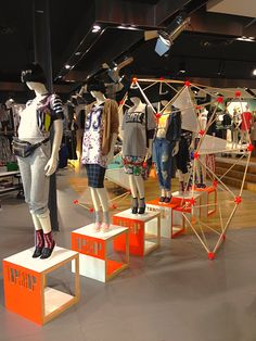 Skate Away styling at TOPSHOP Chapel St Melbourne