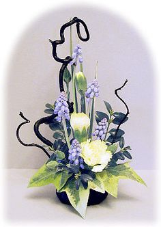 petite flower arrangements - Google Search