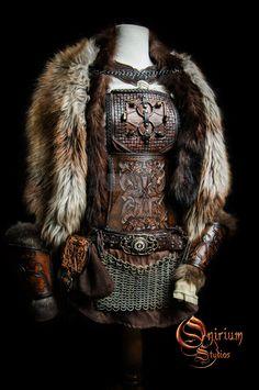 Viking inspired female set by Deakath. on Viking inspired female set by Deakath.deviantar… on Viking inspired female set by Deakath. Fantasy Armor, Fantasy Dress, Medieval Fantasy, Larp, Armadura Medieval, Viking Cosplay, Female Viking Costume, Female Viking Warrior, Viking Armor
