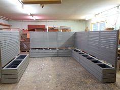 Pflanzkasten Holz Ecke mit Sichtschutz nach Maß, wetterfestes Holz, Farbe: Transparent Grau - Made in Germany