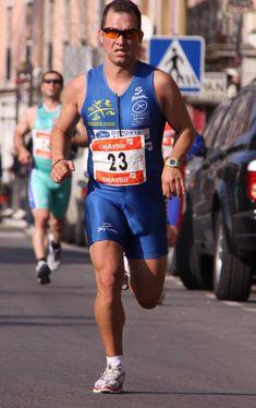 Cycling Suit, Cycling Shorts, Men's Triathlon, Men In Tight Pants, Lycra Men, Boys Summer Outfits, Muscle Hunks, Biker, Sport Man