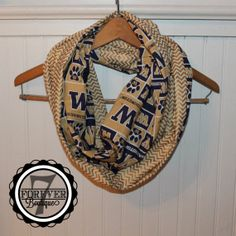 University of Washington UW Huskies Chevron Infinity Scarf, Double Sided, Extra Long, HANDMADE 100% Cotton  https://www.etsy.com/shop/Forever7Boutique