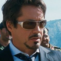 100b70211c Tony Stark in Iron Man Ray Ban Sunglasses Sale