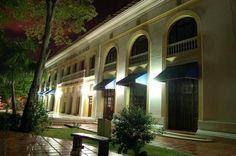 Fachada de Bellas Artes de Barranquilla y del Museo Antropológico del Atlántico (Colombia)