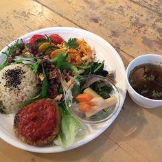 Hotoha & Mihogashi. Organic Vegan Lunch Plate #vegan #vegetarian #vegansofjapan #aioi #ヴィーガン #ベジタリアン #ビーガン #動物性不使用 #完全菜食 #菜食 #相生  (Hotoha & Mihogashi .)