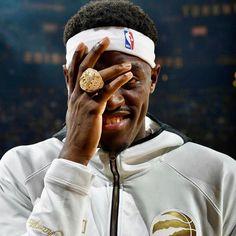 So many nice pics tonight had to post Spicy P. Raptors Wallpaper, Basketball Baby, Toronto Raptors, Nba Champions, Black Mamba, Famous Faces, Champs, Football, Spicy