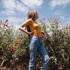 54 trendy ideas for photography girl poses natural models Style Outfits, Cute Outfits, Grunge Outfits, Selfie Foto, Ideas Para Photoshoot, Tmblr Girl, Jeanne Damas, Autumn Fashion 2018, Sophia Loren