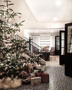 Merry Christmas from my dream home #spreadlove #christmas
