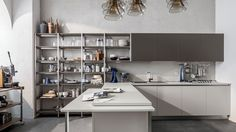 J - Designer Fitted kitchens from Veneta Cucine ✓ all information ✓ high-resolution images ✓ CADs ✓ catalogues ✓ contact information. Home Design, Interior Design, Home Interior, Kitchen Cabinet Design, Kitchen Cabinets, Restaurant, Corner Desk, Furniture, Table