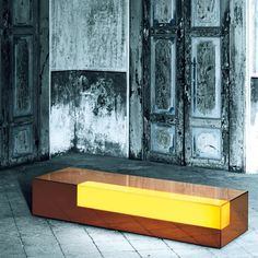 http://www.classicdesign.it/boxy-glas-it-1071.html
