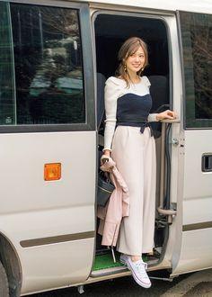 Japanese Fashion, Cute Girls, Midi Skirt, Duster Coat, High Waisted Skirt, Normcore, Beautiful Women, Lady, Womens Fashion