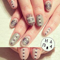 http://hana4art.tumblr.com/
