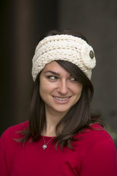 White Winter Rose Headband - Don't sacrifice style for warmth. Whip up one of these simple and cozy headbands to chase away winter blues. You'll love how quickly this project comes together! From the December 2014 issue of I Like Knitting