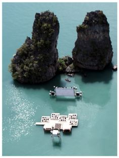 // Floating movie theater
