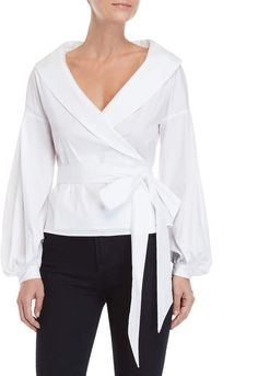 Find an affordable & dynamic assortment of womanly ladies blouses. Blouse Styles, Blouse Designs, Pantalon Cargo, Blouses For Women, Ladies Blouses, Women's Blouses, Casual Skirt Outfits, Wrap Blouse, Blouse Outfit