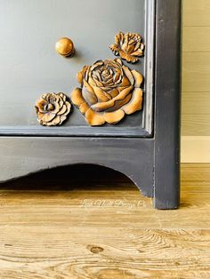 Adding these WoodUBend molds to my pieces gives them a whole new life! Distressing Chalk Paint, Chalk Paint Furniture, Diy Dresser Makeover, Furniture Makeover, Dresser Makeovers, Colorful Dresser, Colorful Furniture, Chalk Paint Colors, Chalk Painting