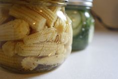 Easy pickled baby corn