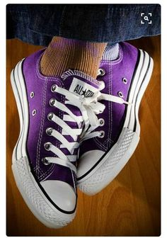 Chuck Taylor Converse All Stars come in every color. Pantone 2018 is ultra violet but you are free to choose whatever color you love. Purple Love, Mode Purple, Purple Stuff, Purple Shoes, All Things Purple, Shades Of Purple, Magenta, Purple Sneakers, Bright Purple