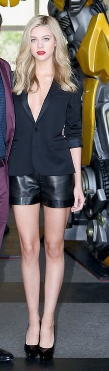Nicola Peltz - All Black Styling, Date Night, Black Leather Shorts, Black Leather Trimmed Blazer, Black Platform pumps, accessorised by red lip, simple chic
