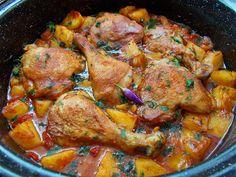 Pui cu cartofi si rosii la cuptor - Bunătăți din bucătăria Gicuței Pork Recipes, Lunch Recipes, Chicken Recipes, Cooking Recipes, Bio Food, Romanian Food, Healthy Meal Prep, Soul Food, Food Dishes