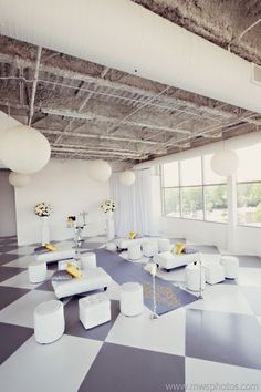 Modern ceremony with lounge furniture