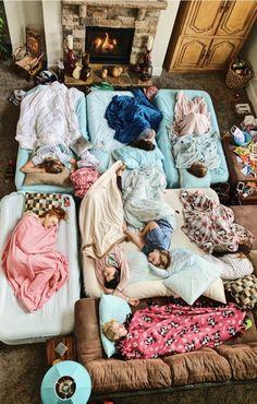 summer goals sleepover VSCO - Sleeping into 2019 like Photos Bff, Best Friend Photos, Best Friend Goals, Friend Pics, Bff Pics, Fun Sleepover Ideas, Sleepover Party, Slumber Parties, Sleepover Activities