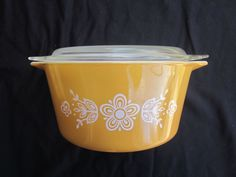 Vintage Pyrex 1 qt Mixing Bowl #473 Gold with Glass Lid