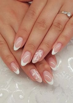 153 amazing french manicure nail art designs ideas - French manicure nails - The Effective Pictures We Offer You About wedding nails bridesmaid peac French Manicure Nails, French Tip Nails, Gel Nails, Nail Polish, Classy Nails, Cute Nails, Pretty Nails, Gucci Nails, Bridesmaids Nails